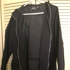 Black Raincoat Men's Small NWT Shed Rain Pouchable